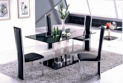 Выбираем столы и стулья
