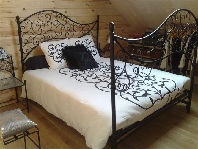 Дизайн современной спальни в бежевых тонах фото