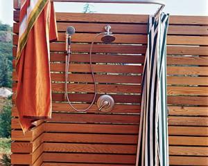Делаем на даче теплый душ