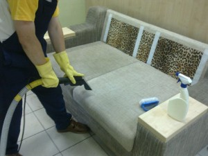 Dry cleaning furniture at home