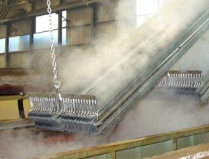 Hot-dip galvanized steel structures