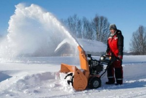 Snow thrower for two-wheel tractor with his hands