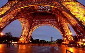 Tours in Paris
