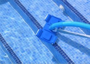 Подводный пылесос для бассейна