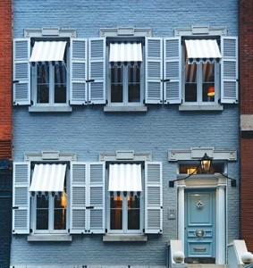 choose the color of a house facade