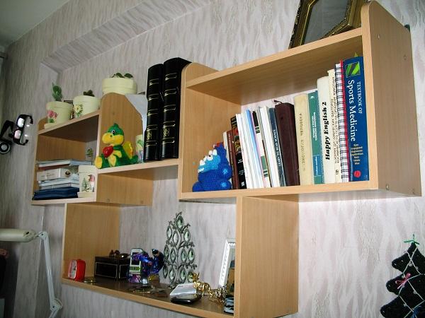 Полочка для книг своими руками фото