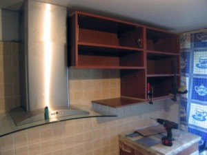kitchen cabinets on the wall of plasterboard