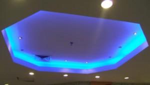 монтаж потолка со светодиодной подсветкой