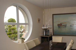 oval plastic windows