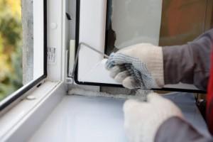 repair plastic windows