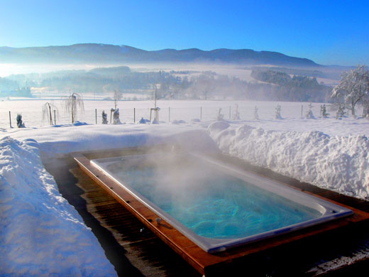 spa pools in winter